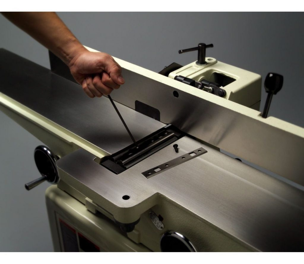 JET 6-inch jointer changing the quick-set blades