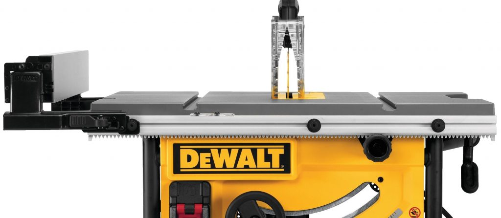 DeWalt DWE7491 Fence and Rack and Pinion details