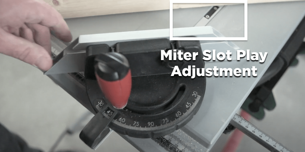 Metabo-TS-254-M-Miter-Slot-Play