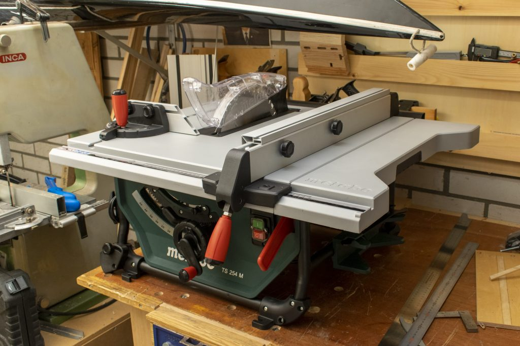Metabo TS 254 M Table Saw Right View