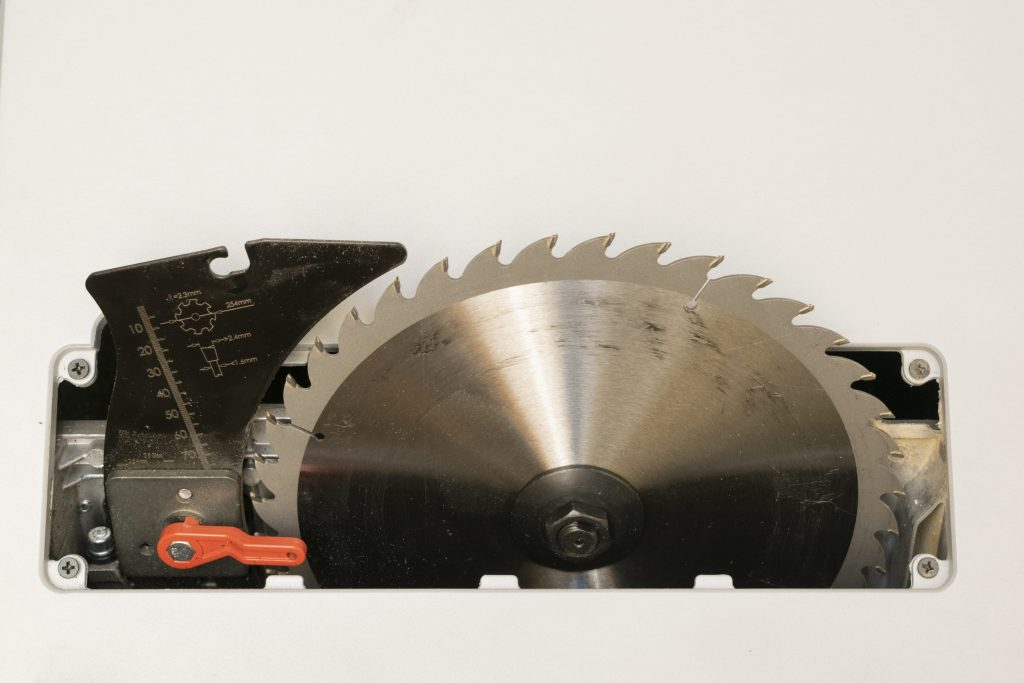 Metabo TS 254 M Table Saw Blade and Riving Knife